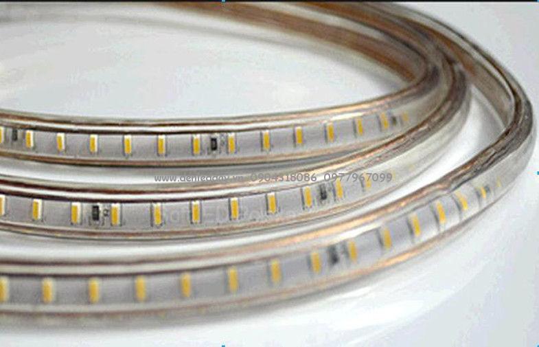 Đèn led dây 3014 220V loại 120 mắt được tạo lên từ chip led 3014 với mật độ 120 mắt led / 1 mét dài dây led