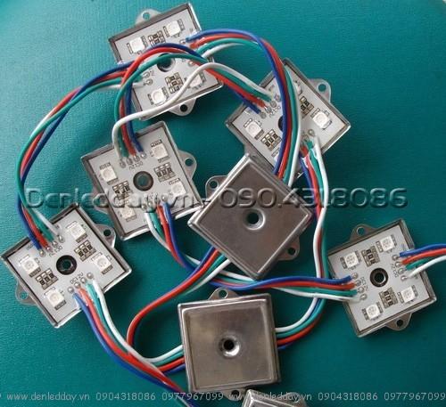 LED module 7 màu RGB vuông đế sắt