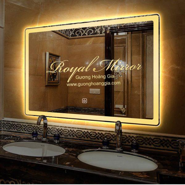 Gương nhà tắm đèn cảm ứng thông minh
